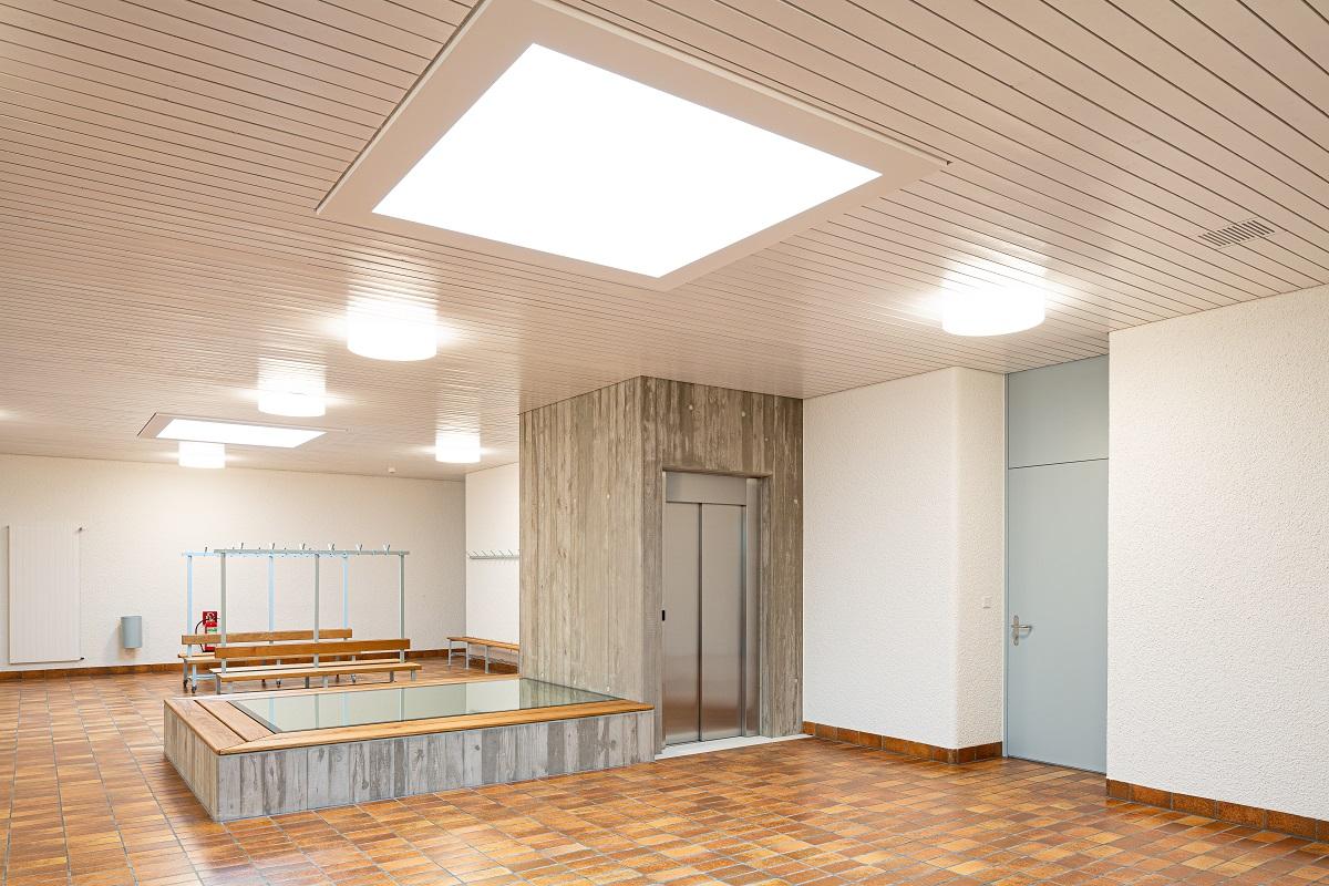 Schulhaus_Hof_5